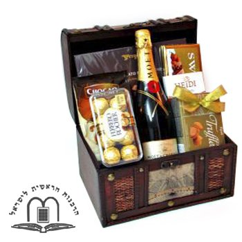 Treasures with Moet - Wine-and-Champagne on www.israelflorist.com